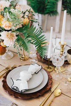 Rustic elegance: http://www.stylemepretty.com/little-black-book-blog/2015/04/22/peach-rustic-boho-wedding-inspiration/ | Photography: Maraluce - http://www.maraluce.com/