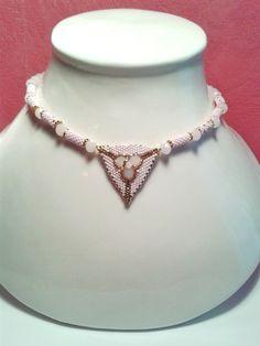 Collier rose et doré en perles by khadijahandmade on Etsy