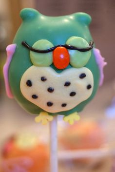 sleeping owl cake pop
