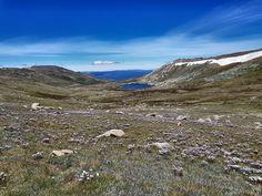 Lake Cootapatamba along Mount Kosciusko trail in Australias alpine region [OC] [4032x3024]