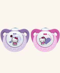 NUK Trendline Hello Kitty Schnuller. Lutschteil aus Silikon in Kiefergerechter NUK Form. Anatomisch geformte Mundplatte aus hochwertigem Kunststoff.