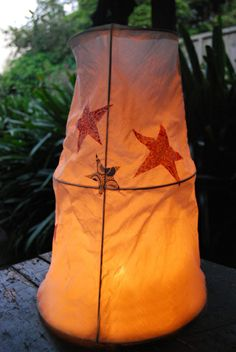 Instead of making a lantern, may do this on a large scale big enough for my grandsons to play in! ......4th of July lanterns