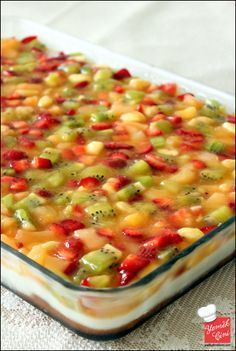 Custard & Fruity Cake For Cake - 2 pcs egg - 1 tea cup powder . Easy Dinner Recipes, Sweet Recipes, Cake Recipes, Snack Recipes, Dessert Recipes, Cooking Recipes, Custard Cake, Fruit Custard, Turkish Recipes