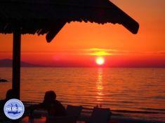 Rundreise Kreta Griechenland - Zorbas Island apartments in Kokkini Hani, Crete Greece 2020 Crete Greece, Strand, Pediatrics, Fun Activities, Sunset, Mountains, Day, Places, Outdoor