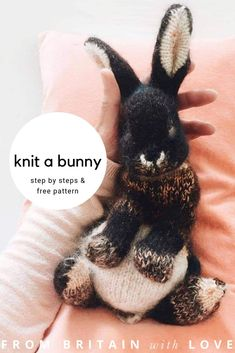 How to knit a bunny rabbit. Click through for easy step by step tutorial and fre. , How to knit a bunny rabbit. Click through for easy step by step tutorial and free knitting patten to make a knitted baby easter bunny rabbit. Click th. Animal Knitting Patterns, Crochet Patterns, Crochet Stitches, Crochet Easter, Crochet Bunny, Knitted Animals, Knitting For Beginners, Bunny Rabbit, Knitting Projects