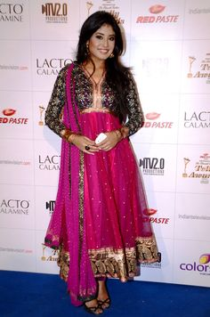 Would you like to be glamorous by wearing heavy Indian Telly awards Dr Nidhi -Kritika Kamra Style Yes, you will get that at FKF at its original price Indian Anarkali, Anarkali Dress, Anarkali Suits, Indian Dresses, Indian Outfits, Kritika Kamra, Indian Actress Hot Pics, Ethnic Wear Designer, Suits For Women