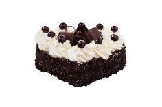 Dortové srdce Swcharzwald Smetanová pohádka z nadýchaného čokoládového piškotu s višňovým srdcem, luxusním šlehačkovým krémem, bohatě zdobený čokoládovými hoblinkami a višněmi.