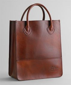 what a gorgeous brown leather tote from @L.L.Bean Signature . looks like qual-i-ty. -m