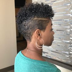 is killing it with the curly tapered cuts! This is what I want for my hair Short Natural Haircuts, Natural Hair Cuts, Natural Hair Styles, Tapered Natural Hairstyles, Black Short Hairstyles, Natural Tapered Cut, Tapered Twa, Short Curly Hair, Short Hair Cuts