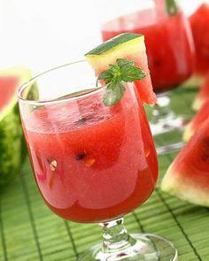 Rezept für einen Wassermelonen-Erdbeer-Smoothie