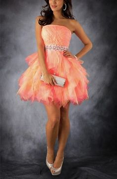 Eliza Dushku Short Sleeveless Strapless Homecoming Dresses Special Price: $129.00
