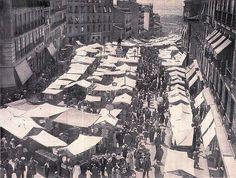 El rastro, años 30. Foto Madrid, City Photo, Barcelona, History, Vintage Photos, Old Photography, Black And White, Cities, Scenery