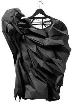 Fashion is Art - Things in 3D from The T / Shirt Issue