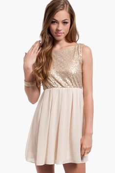 Shop Fit and Flare Skater Dresses at Tobi. Whether it's a white lace skater dress, black long sleeve or red skater dress - find it here. Semi Dresses, Trendy Dresses, Cute Dresses, Casual Dresses, Formal Dresses, Xmas Party Dresses, Red Skater Dress, Affordable Clothes, How To Wear