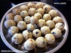 Rava Ladoo / Semolina Cookies (No Bake) / Christmas Sweets/Diwali Sweets