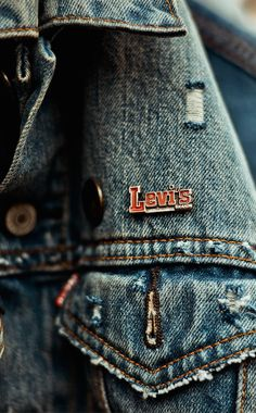 Put a pin in it. Make it personal by putting your favorite pins above the pocket in your Levi's Trucker Jacket. Photo: Ilsoo van Dijk