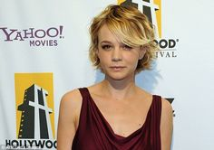 Ties: Actress Carey Mulligan has urged people to keep close ties with relatives with dementia, even if they no longer recognise them Growing Out Short Hair Styles, Short Hair Styles For Round Faces, Hairstyles For Round Faces, Medium Hair Styles, Carey Mulligan Hair, Glasses For Round Faces, Grown Out Pixie, Choppy Hair, Face Pictures