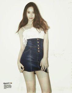 10 Idols Who Look Ridiculously Sexy In Denim Krystal Jung, Jessica & Krystal, Jessica Jung, Pretty Asian, Korean Artist, Girl Day, My Beauty, Asian Beauty, Girls Generation