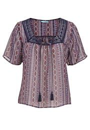 peasant top with lac