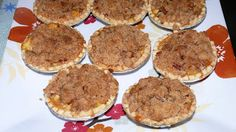 Apple Crumble Tarts Good Food, Yummy Food, Awesome Food, Delicious Recipes, Apple Crumb, Tarts, Crockpot, Food To Make, Muffin
