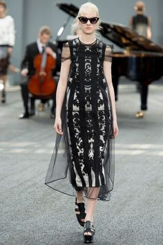 Erdem Spring 2014 RTW - Runway Photos - Fashion Week - Runway, Fashion Shows and Collections - Vogue