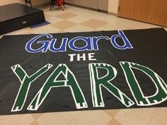 Football Game Signs, Football Spirit Signs, Football Banner, Football Cheer, Softball Players, School Spirit Posters, Cheer Posters, Volleyball Posters, Football Posters