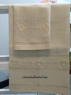 Asciugamani in lino F.lli Graziano ricamati a Punto Antico
