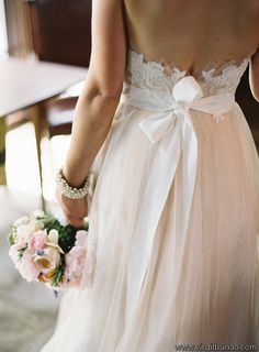 Real Colorado Weddings | Watters Wedding Dress Photos - anna bé