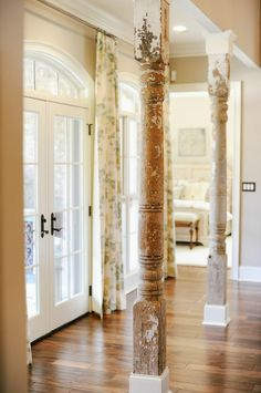 Distressed columns--love. @Amelia Rosales Sánchez Stone Morris FruitENTRY WAY? or KITCHEN?