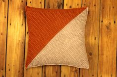 by CottonwoodWorkshop Knitted Cushions, Knitted Throws, Reusable Tote Bags, Colours, Throw Pillows, Warm, Texture, Knitting, Simple