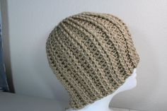 In this video I will teach you how to make a crochet rib hat. Many of you asked me to make a crochet version of my knitted rib hat. Here is my version of tha...