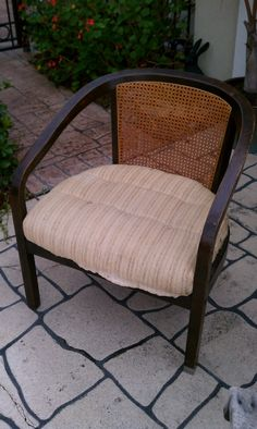 Before picture of cane chair