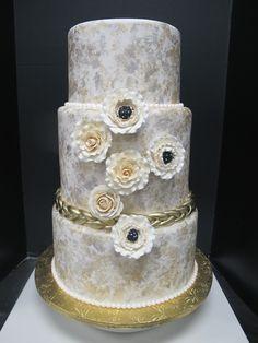 Vintage Cake by whiptcream.com