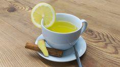 Lecker und würzig: Kurkuma Tee mit Pfeffer und Zitrone!
