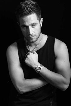 Michel Brown, Actors & Actresses, Brows, Victoria, Fashion, Men, Girly Things, Boyfriends, Hot Guys