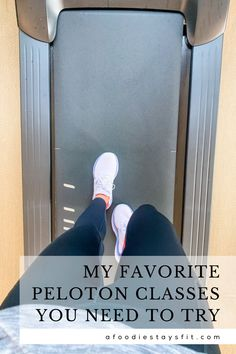 My top favorite peloton classes, peloton instructors and of course the best peloton workout outfits. Because cycling was one of the only workouts I could do given my running injury, we decided to splurge and buy the bike for our house after trying a Peloton bike on a vacation. Head to my blog to learn more about my peloton workout plan using the bike and app, the treadmill but also without bike. Tips on how to set up your Peloton home gym, room ideas and workout room. Running Plan, Running Workouts, Running Tips, Running Shoes, Crossfit Gear, Crossfit At Home, Fitness Tracker, Fitness Tips, Amrap Workout