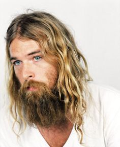 23 men long blonde hair color - Hairstyle Fix Hair And Beard Styles, Long Hair Styles, Estilo Hipster, Chin Length Hair, Long Blond, Long Beards, Beard Love, Beard Tattoo, Moustaches