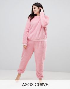 Buy ASOS DESIGN Curve Lounge super soft sweat and jogger twosie at ASOS. With free delivery and return options (Ts&Cs apply), online shopping has never been so easy. Get the latest trends with ASOS now. Asos, Cute Pjs, Plus Size Pajamas, Pajama Outfits, How To Hem Pants, Mode Online, Comfy Casual, Models, Latex Fashion