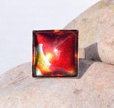 Bague fantaisie femme carré design moderne rouge  R1