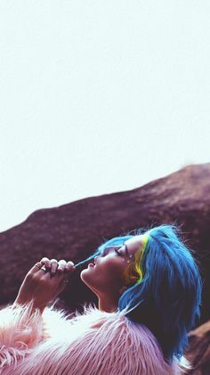 Halsey iPhone Lockscreen/Wallpaper