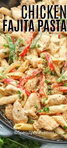This chicken fajita pasta recipe is so easy, super tasty and can be on the table in under half an hour! Chicken tossed in homemade fajita seasoning, cooked with bell peppers and pasta, mixed in a creamy sauce. An amazing pasta recipe! Fajita Pasta Recipe, Homemade Fajita Seasoning, Chicken Pasta Recipes, Easy Pasta Recipes, Easy Meals, Chicken Pasta Easy, Fajita Chicken Pasta, Bell Pepper Chicken Recipes, Easy Chicken Fajita Recipe