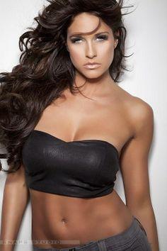 kelly+kelly-barbie+blank-beautiful+athletic+women.jpg 518×777 pixels