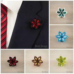 Black/Red Kanzashi Flower Lapel Pin with Swarovski por BoArtDesign