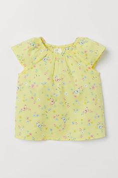 Top in woven cotton fabric with cap sleeves and a gathered, elasticized neckline. Baby Girl Tops, Carters Baby Girl, Baby Kids Clothes, Baby & Toddler Clothing, Kids Clothing, Butterfly Kids, Cotton Fabric, Woven Cotton, Top Pattern