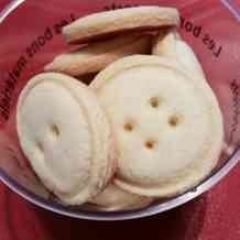 可愛いボタン型簡単クッキー☆