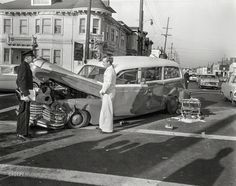 Shorpy Historic Picture Archive :: Whambulance: 1957 high-resolution photo