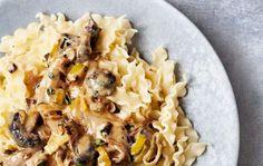 Opskrift på pasta med cremet sauce og svampe