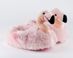 Flamingo Slippers: Cozy and fun flamingo slippers! Makes a great gift.