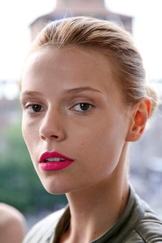 Summer Lipstick Ideas to Try Now | Daily Makeover