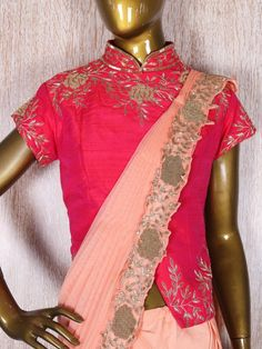 Indian Wedding Sarees - Ready to Wear Saree Trends Saree Gown, Lehnga Dress, I Dress, Dhoti Saree, Peach Colour Combinations, Colour Combination For Dress, Peach Color Saree, Orange Saree, Pitch Colour